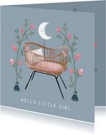 Prachtige felicitatiekaart wieg en bloemen geboorte meisje