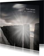 Rouwkaart met Hollandse golfbreker en ondergaande zon