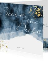 Save the date kaart blauwe waterverf gouden spetters