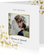 Save-the-Date-Karte zur Hochzeit Goldene Herzen
