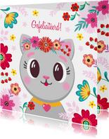 Schattige kat verjaardagskaart met bloemen