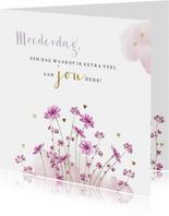 Stijlvolle moederdagkaart met veldbloemetjes en waterverf