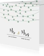 Stijlvolle trouwkaart met lampjes slingers in eigen kleuren