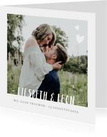 Stijlvolle trouwkaart wit met grote eigen foto en namen