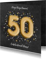 Stijlvolle verjaardagskaart '50'  ballonletters en confetti