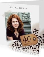 Stijlvolle verjaardagskaart met luipaardprint voor een vrouw
