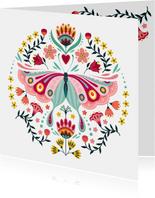 Stijlvolle verjaardagskaart met vlinder en bloemen