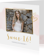 Stijlvolle verjaardagskaart Sweet 16 met roze waterverf