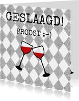 Stoere geslaagd kaart met twee wijnglazen