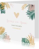 Trouwkaarten - Trendy trouwkaart met tropical bladeren in pastelkleuren
