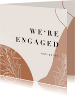 Trendy We're Engaged met abstracte vormen en plantje