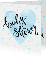 Uitnodiging babyshower hartjes in blauw