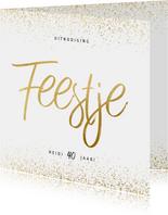 Uitnodiging feestje vierkant goud fotocollage met confetti
