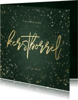 Uitnodiging kerstborrel met sterren en gouden tekst