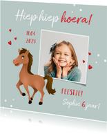 Uitnodiging kinderfeestje meisje paard hartjes