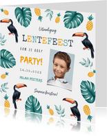 Uitnodiging lentefeest jongen tropical ananas toekan