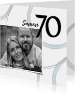 Uitnodiging 'Samen 70' met foto en cirkels