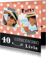 Uitnodiging verjaardag fotocollage stippen roze krijtbord