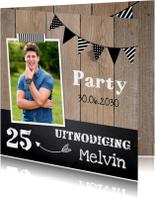 Uitnodiging verjaardag hout slinger