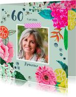 Uitnodiging verjaardagsfeest botanisch bloemen trendy