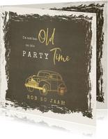 Uitnodiging vintage met goudkleurige oldtimer