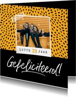 Verjaardagskaart hip trendy confetti foto okergeel