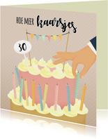 Verjaardagskaart kaarsjes op de taart