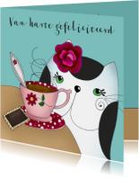 Verjaardagskaart kat met kopje thee of koffie