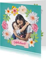 Verjaardagskaart met foto en bloemenkrans