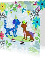 Verjaardagskaart met vrolijke honden en gezelligheid