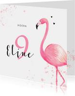 Verjaardagskaart roze met flamingo en spetters