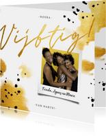 Verjaardagskaart 'vijftig' met polaroid en gouden waterverf