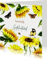 Verjaardagskaart zonnebloemen met vlinders