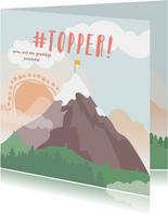 Vierkante kaart met getekende berg met een vlag erop #topper