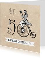 Vintage verjaardagskaart 50 jaar fiets man confetti