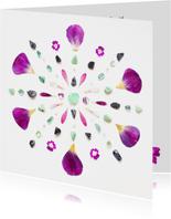 Vriendschapskaart mandala met tulpenblaadjes en edelstenen