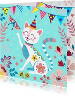 Vrolijke en kleurrijke verjaardagskaart met kat en vlinder