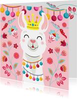 Vrolijke en kleurrijke verjaardagskaart met lama met kroon