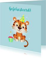 Vrolijke verjaardagskaart met tijger en cupcake