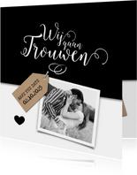 Wij gaan trouwen met kraftlabel trouwkaart