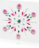 Woonkaart mandala van groene edelstenen en bloemen