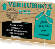Leuke verhuiskaart met touw op verhuisdoos van karton