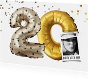 Uitnodiging 20 jaar ballonnen en confetti goud/zilver