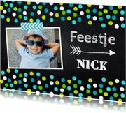 Uitnodiging jongen kinderfeestje confetti