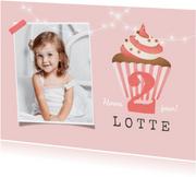 verjaardagskaart felicitatie meisje cupcake foto slinger