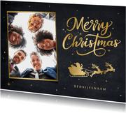 Zakelijke kerstkaart met gouden silhouet kerstman in slee