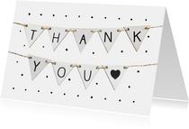 Bedankkaart met stippen en vlaggetjes met tekst thank you
