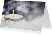Kerstkaarten - candle in the snow