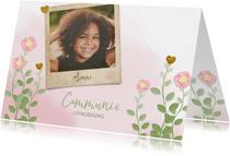 Communie uitnodiging foto waterverf bloemen en hartjes