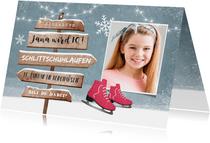 Einladungskarte rosa Schlittschuhe, Foto und Wegweiser